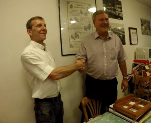 Shaking hands with Colin Duruck at the G8KW Talk